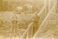100-st-laurent-1913-construction-dun-ponteau-sur-la-ligne-tu-tacot-vierzon-neuilly-moulin-jamet
